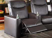 Powr or Manual recline option for this home theater seating.